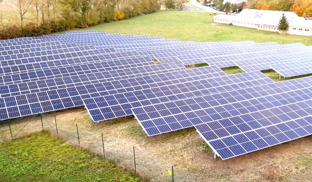 Suncatcher Solaranlage Freifläche