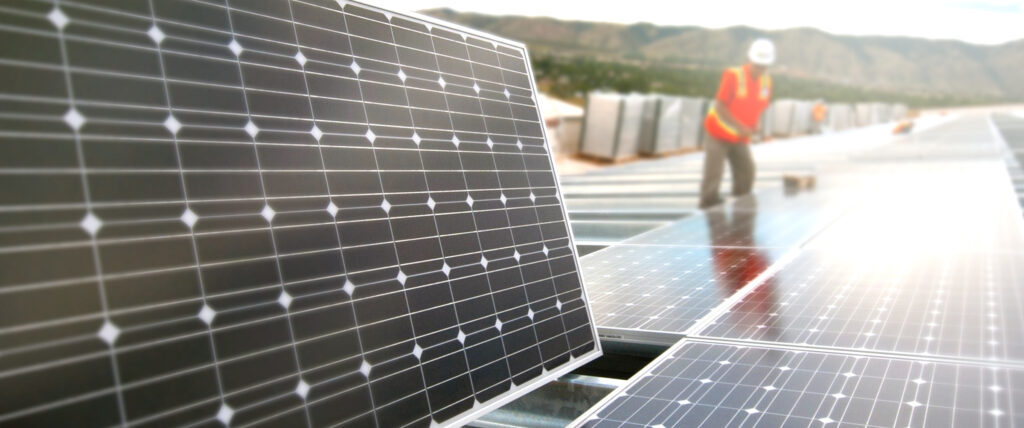Solaranlage Bauarbeiter